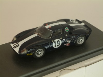 Ferrari 250 / 275 LM Ch 6167 Team Paul Vestey 24 Hrs Le Mans 1968 #19 P. Vestey / Pike - Built 1:43